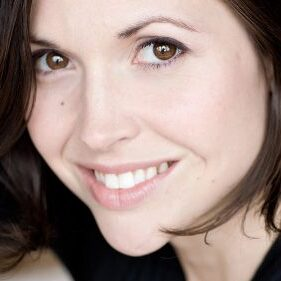 <strong>Ariane-Li Simard-Côté</strong><br> Actress &amp; social activist<br>